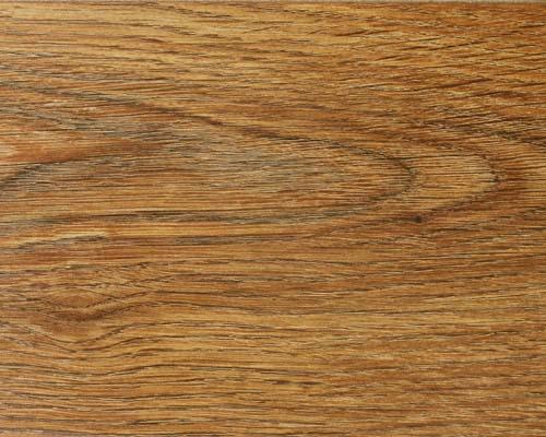 Благодаря точно прорисованным линиям разреза дерева, глубокой структуре поверхности и 4-х сторонней V-фаске, этот пол...